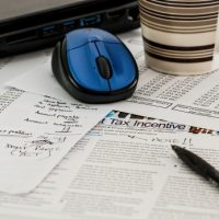 Independent Contractor Taxes Depend on Business Type